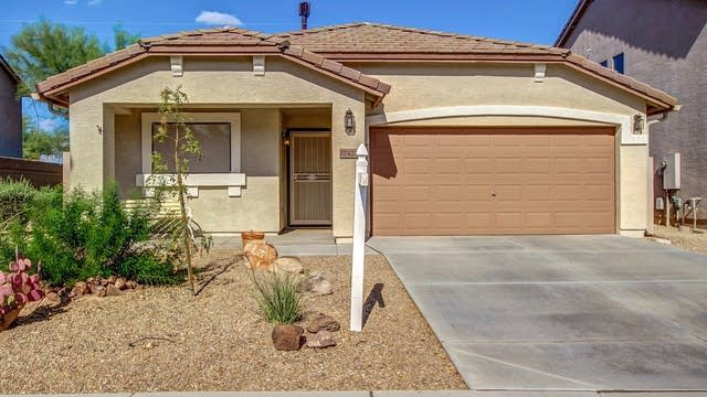 Photo 1 of 35 - 27427 N 63rd Dr, Phoenix, AZ 85083