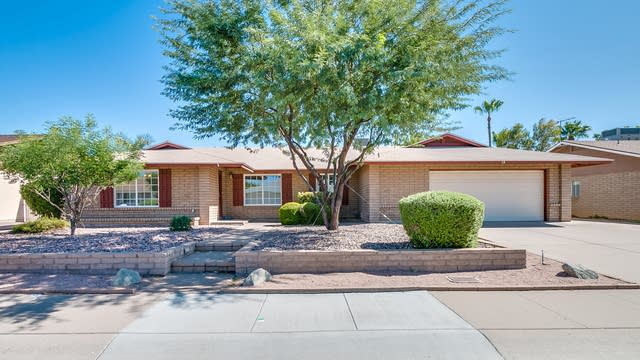 Photo 1 of 36 - 15 E Muriel Dr, Phoenix, AZ 85022