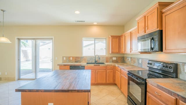 Photo 1 of 26 - 18630 W Sunnyslope Ln, Waddell, AZ 85355