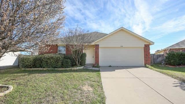 Photo 1 of 25 - 1108 Day Dream Dr, Haslet, TX 76052
