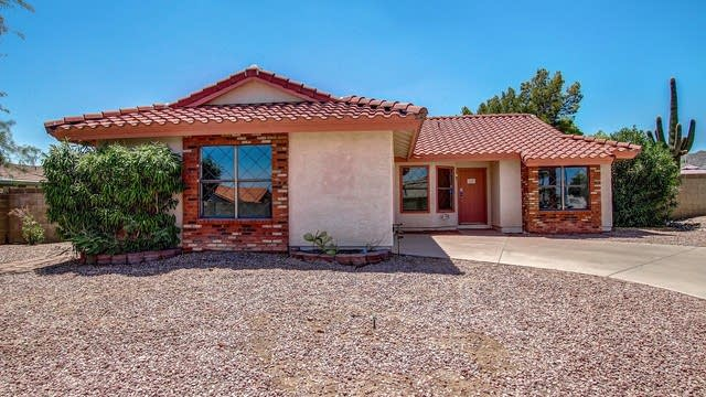 Photo 1 of 25 - 13008 S 38th Pl, Phoenix, AZ 85044