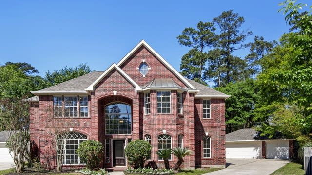 Photo 1 of 25 - 23011 Briarhorn Dr, Spring, TX 77389