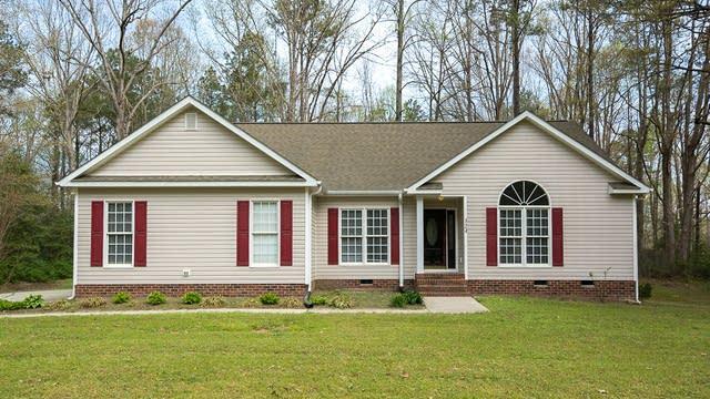 Photo 1 of 21 - 124 Baron Cir, Youngsville, NC 27596