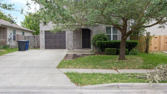 Photo 1 of 19 - 3822 Cherokee Blvd, New Braunfels, TX 78132
