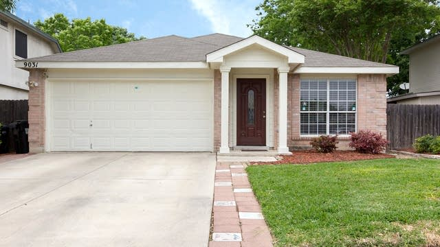 Photo 1 of 17 - 9031 Interlachen, Selma, TX 78154