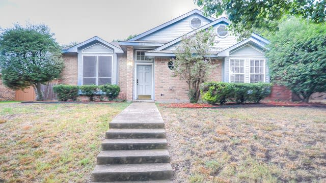 Photo 1 of 27 - 8585 Creekview Dr, Frisco, TX 75034