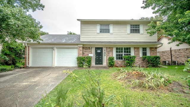Photo 1 of 20 - 4209 Tynes Dr, Garland, TX 75042