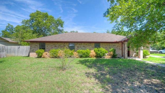 Photo 1 of 26 - 309 E 8th St, Anna, TX 75409