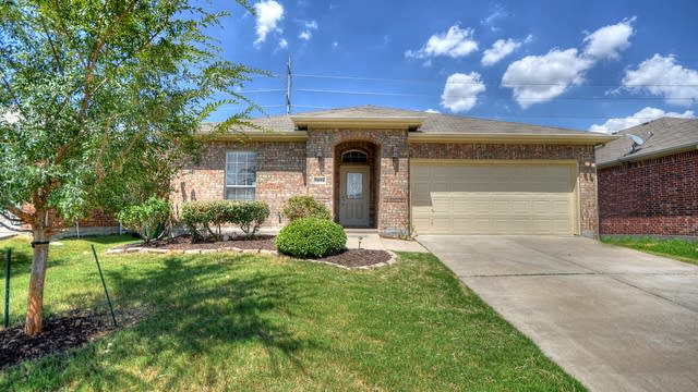 Photo 1 of 25 - 14604 Eaglemont Dr, Little Elm, TX 75068