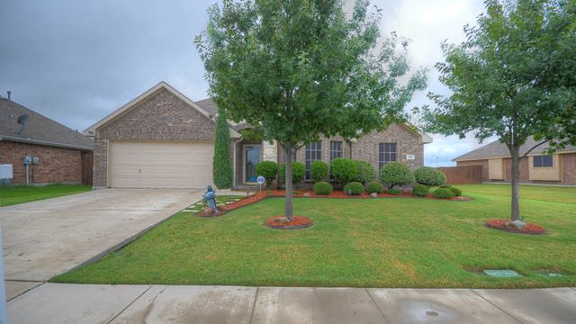 Photo 1 of 29 - 124 Chinaberry Trl, Forney, TX 75126