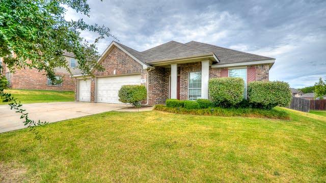 Photo 1 of 26 - 544 Kenilworth Ave, Little Elm, TX 75068