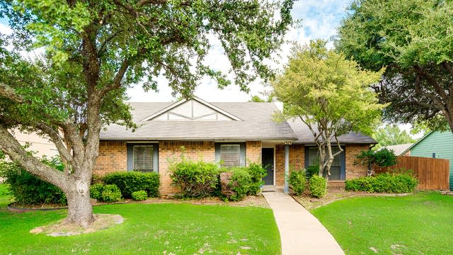 Photo 1 of 25 - 1313 Milford Dr, Plano, TX 75025