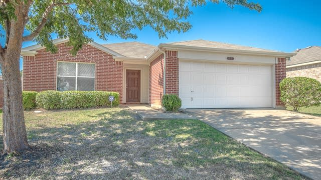 Photo 1 of 24 - 222 Pinecrest Dr, Seagoville, TX 75159