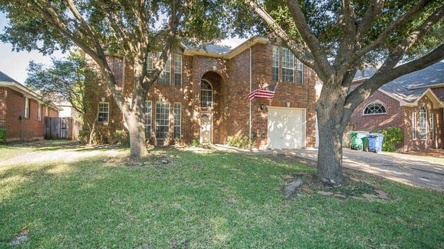 Photo 1 of 44 - 2712 Summerwood Ct, McKinney, TX 75070