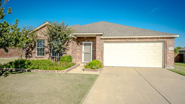 Photo 1 of 22 - 1405 Spinnaker Way, Wylie, TX 75098