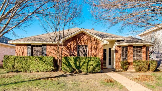 Photo 1 of 26 - 1112 Castleman Dr, Cedar Hill, TX 75104