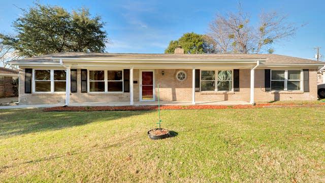Photo 1 of 29 - 6825 Corona Dr, North Richland Hills, TX 76180