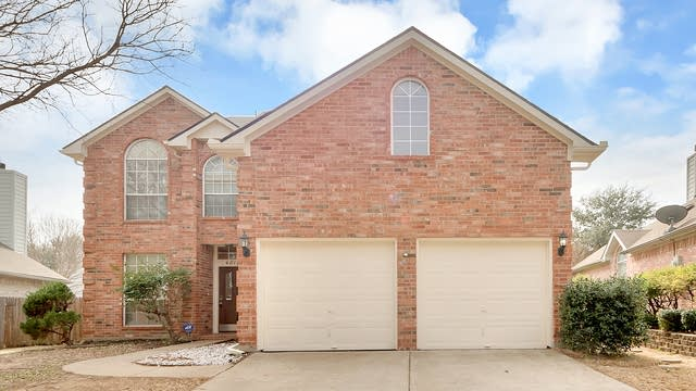 Photo 1 of 21 - 4812 Misty Ridge Dr, Fort Worth, TX 76137