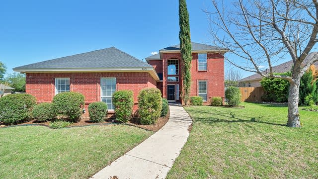 Photo 1 of 30 - 5201 Foxgrove Ct, Arlington, TX 76017