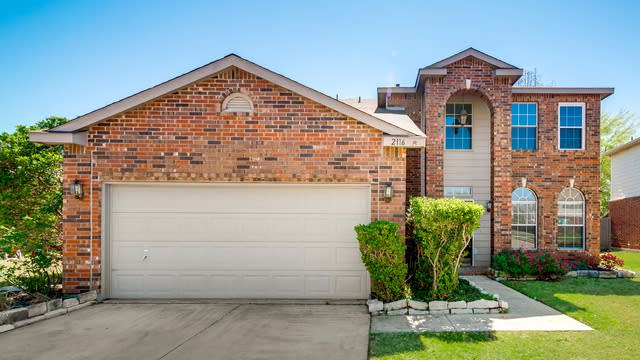 Photo 1 of 28 - 2116 Willow Ct, Little Elm, TX 75068