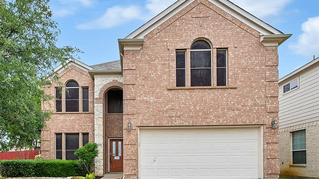 Photo 1 of 25 - 10020 Chadbourne Rd, Fort Worth, TX 76244