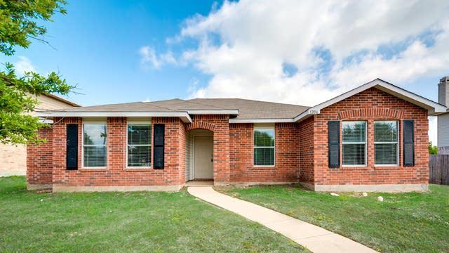 Photo 1 of 28 - 1206 Lonesome Dove Trl, Wylie, TX 75098
