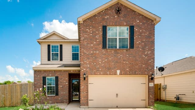 Photo 1 of 28 - 501 Noble Grove Ln, Fort Worth, TX 76140
