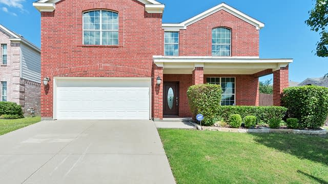 Photo 1 of 32 - 9900 Shelburne Rd, Fort Worth, TX 76244
