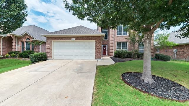 Photo 1 of 30 - 2817 Calico Rock Dr, Fort Worth, TX 76131