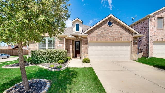Photo 1 of 31 - 14632 Crystal Lake Dr, Little Elm, TX 75068