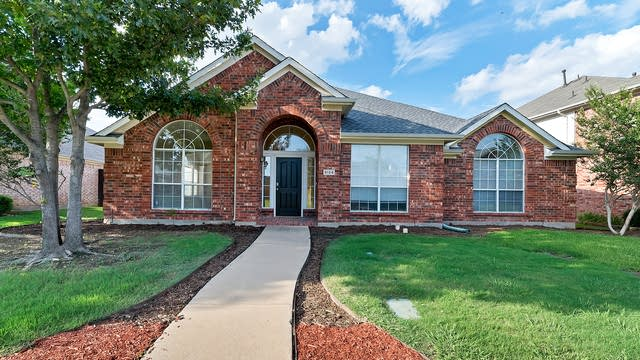 Photo 1 of 28 - 5124 Vineyard Ln, McKinney, TX 75070