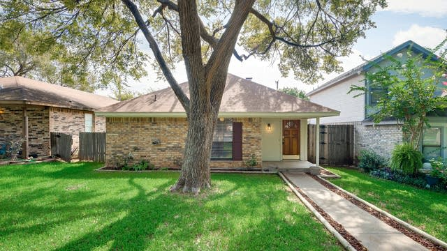 Photo 1 of 26 - 1916 Etain Rd, Irving, TX 75060