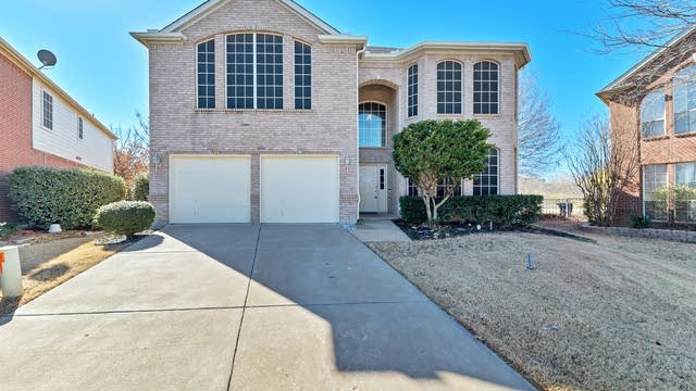 Photo 1 of 36 - 4101 Shores Ct, Fort Worth, TX 76137