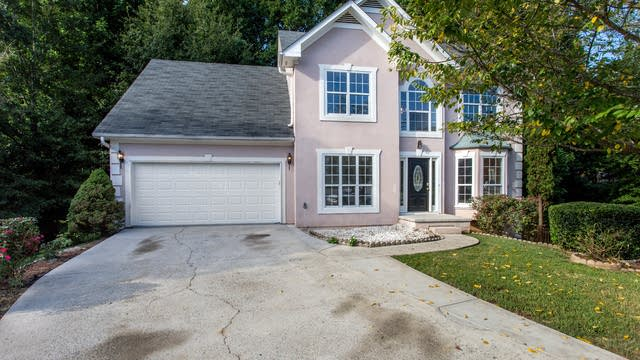 Photo 1 of 32 - 704 River Bridge Dr, Lawrenceville, GA 30046