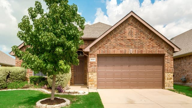 Photo 1 of 30 - 4661 Lance Leaf Dr, Fort Worth, TX 76244