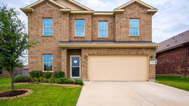 Photo 1 of 32 - 7109 Creighton Ct, Fort Worth, TX 76120