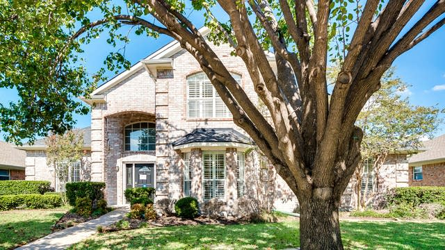 Photo 1 of 30 - 1726 Creek Valley Rd, Mesquite, TX 75181