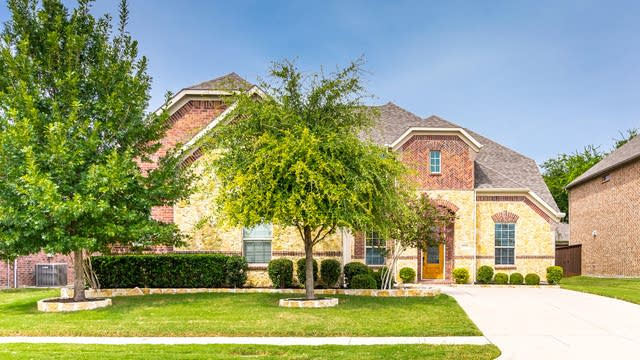 Photo 1 of 33 - 1018 Blanco Dr, Allen, TX 75013