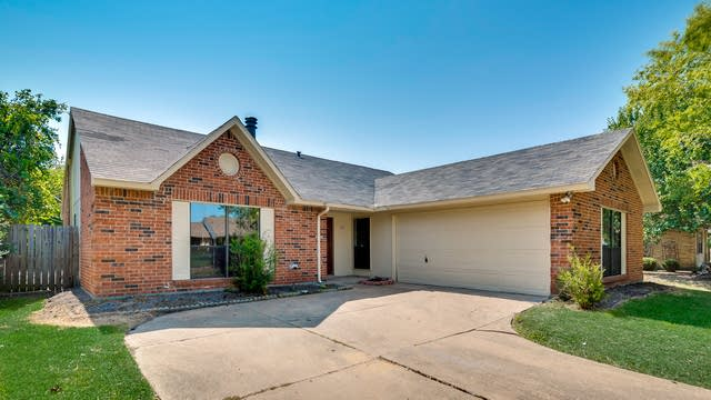 Photo 1 of 32 - 509 Carl C Senter St, Forney, TX 75126