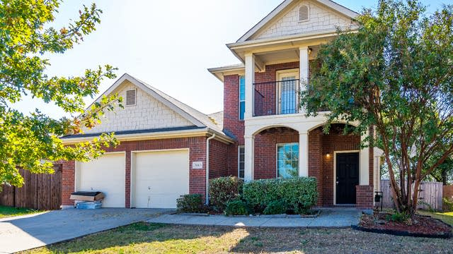 Photo 1 of 37 - 3113 Marble Falls Dr, Forney, TX 75126