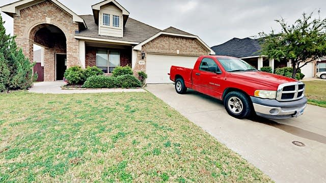 Photo 1 of 3 - 4611 Oakview Dr, Mansfield, TX 76063