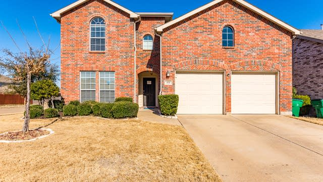 Photo 1 of 37 - 414 Hackberry Dr, Fate, TX 75087