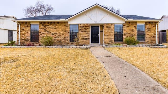 Photo 1 of 24 - 8413 Woodside Rd, Rowlett, TX 75088