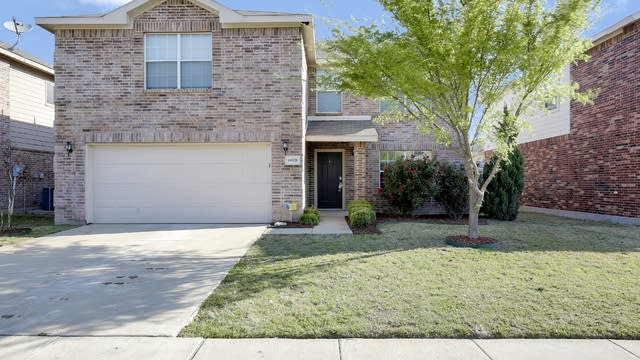 Photo 1 of 26 - 10528 Winding Passage Way, Fort Worth, TX 76131