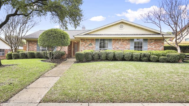 Photo 1 of 24 - 2922 Potomac Ave, Mesquite, TX 75149