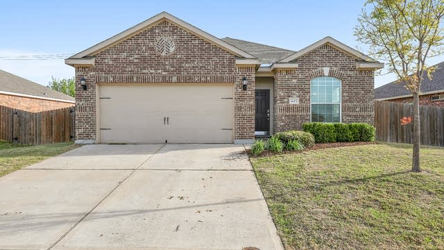 Photo 1 of 27 - 445 Buoy Dr, Crowley, TX 76036
