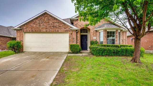Photo 1 of 28 - 8636 Chisholm Trl, Crossroads, TX 76227