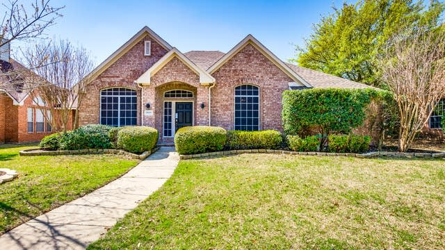 Photo 1 of 27 - 10109 Forrest Dr, Frisco, TX 75035