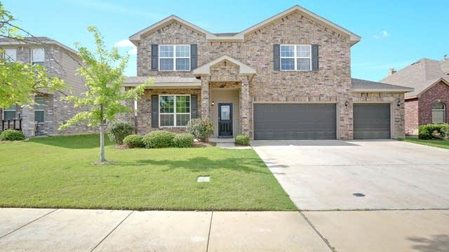 Photo 1 of 31 - 5344 Thornbush Dr, Fort Worth, TX 76179
