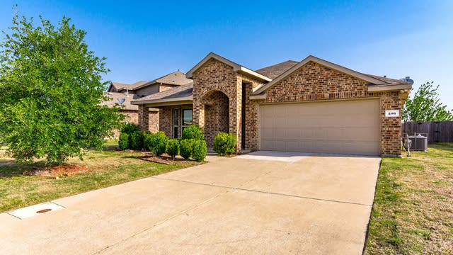 Photo 1 of 28 - 206 Freedom Trl, Forney, TX 75126